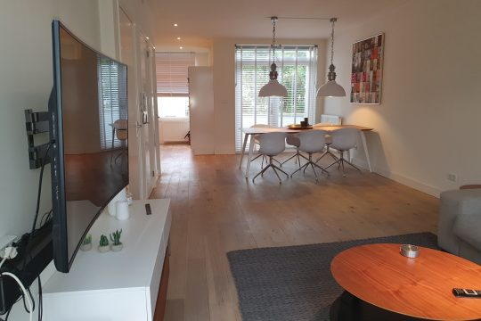 Borgerstraat| West| Furnished| 2 bedrooms| Roofterrace € 2150,–
