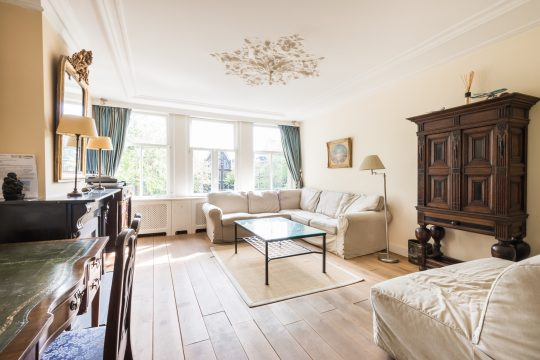 Brouwersgracht  Furnished  2 bedrooms  Roof terrace  view at the canal € 2850,–