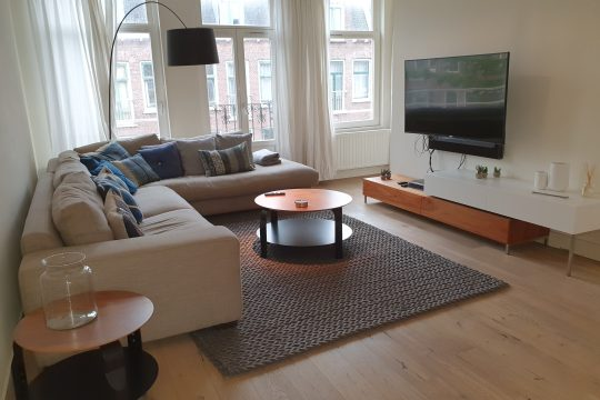 Borgerstraat| West| Furnished| 2 bedrooms| Roofterrace € 2400,–