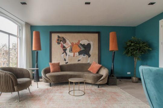 Herengracht // Rentprice € 2750,00 // 1 Bedroom // Furnished // Canal view